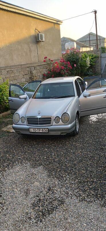 10618 elan: Mercedes-Benz E 220 2.2 l. 1997 | 589321 km