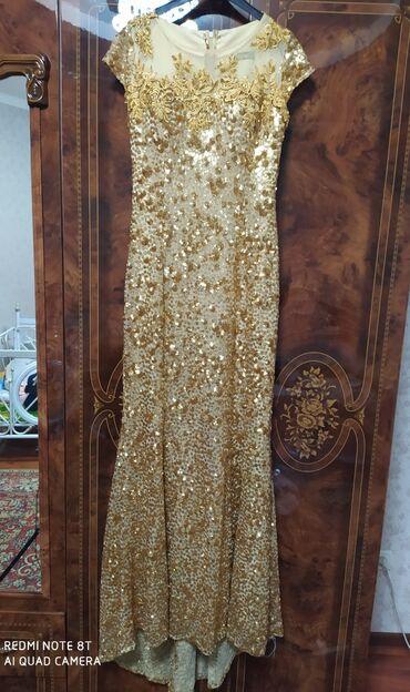 Продаю турецкое вечернее платье с небольшим шлейфом. Состояние
