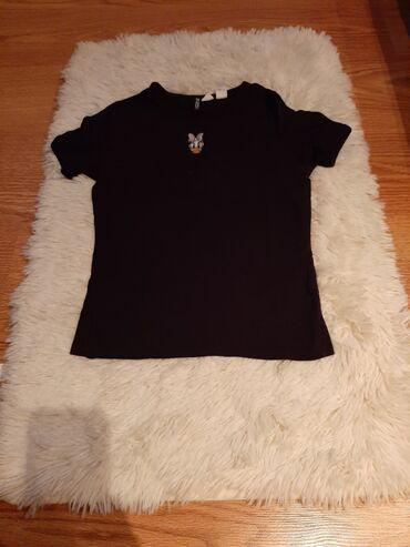 Majica H&M prelepa