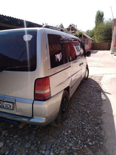 Mercedes-Benz Vito 2.3 л. 2001