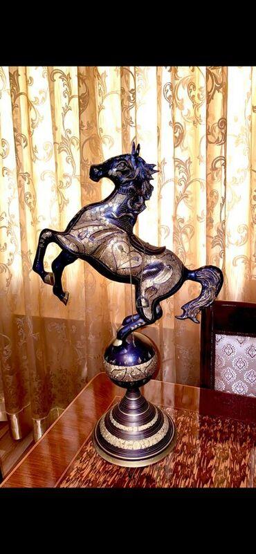 latun - Azərbaycan: Latun at qizil islemeli