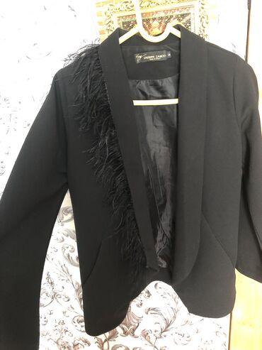 Женский пиджак размер м