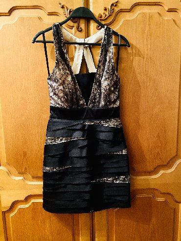 женские вечерние туфли в Азербайджан: Вечерние платья BEBE Продаются новые вечерние платья BEBE Размер 34-36