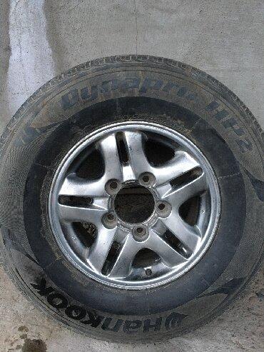 летние шины 21560 r16 в Кыргызстан: Полный комплект летней резины.  Торг уместен. 275.70.R16