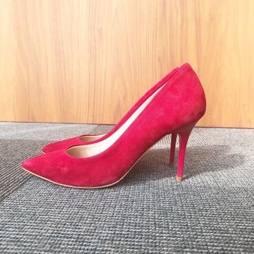 alayın ayaqqabı üçün - Azərbaycan: OFFİCE firmasını qırmızı klassik ayaqqabı- ölçüsü 37, Ela veziyyetdedi
