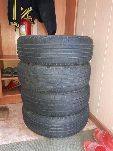 Г.Каракол продаю шины maxxis 195/65/15. Купили в прошлом году перед