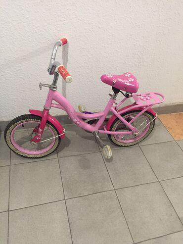 Продаю детский велосипед на возраст 5-7 лет состояние б/у цена 2000 со