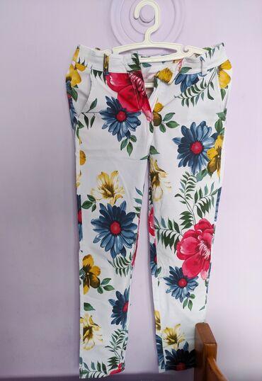 Tricetvrt pantalone - Srbija: Nove cvetne pantalone, italijanska roba, nisu nosene
