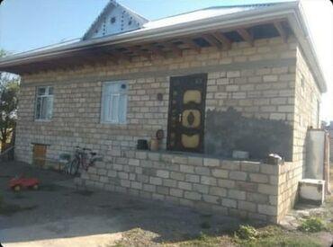 1 otaq ev satıram - Azərbaycan: Satılır Ev 92 kv. m, 3 otaqlı