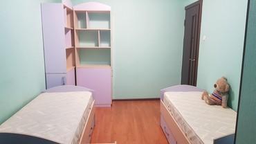 Односпальные кровати - Кыргызстан: Продаю детские кровати 2 штуки с матрасами производство лина с