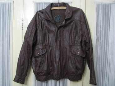 Kraca kozna jakna ne previse nosena lepo ocuvana za osobe oko180 cm. - Zrenjanin