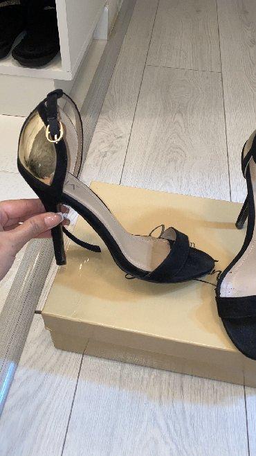 мужские-туфли-бишкек в Кыргызстан: Продаю босоножки Mia, 36 размер