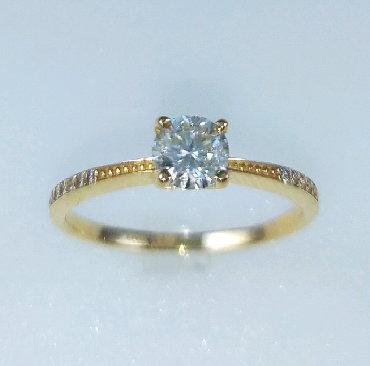 Чёрные кольца из вольфрама - Кыргызстан: Кольца из красного золота, 585 проба. Вставка бриллиант. Размер 18