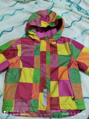 Продаю куртку на девочку возраст 3-4 года. Рост 86/92. Состояние