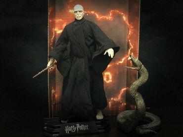 51 oglasa   PS4 (SONY PLAYSTATION 4): Lord Voldemort iz filmova Harry Potter / Hari Poter Visina 17 cm