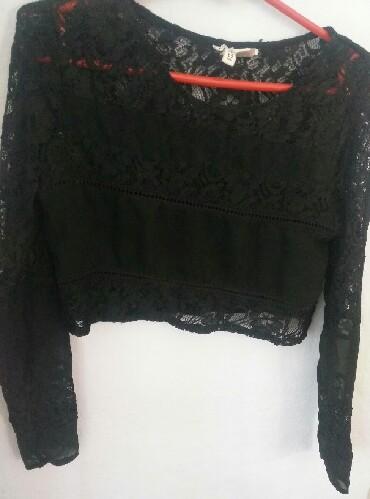 HM crop top cipkani, crni. Nošen jednom, veličina 34 - Kikinda