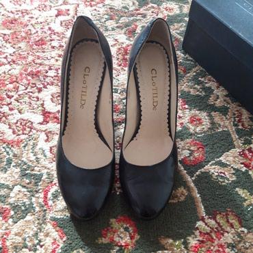 Продаю туфли кожаные одевала один раз размер 36-37 в Бишкек