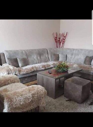 Kućne potrepštine - Arandjelovac: Cena 5200 prodaje se samo u setuDimenzijeTrosed: 200*70Dvosed