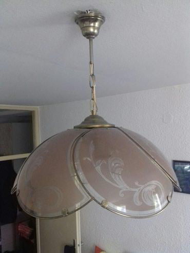 Dva lustera na prodaju hitno selim se oba imaju po 3 grla hitno - Zrenjanin