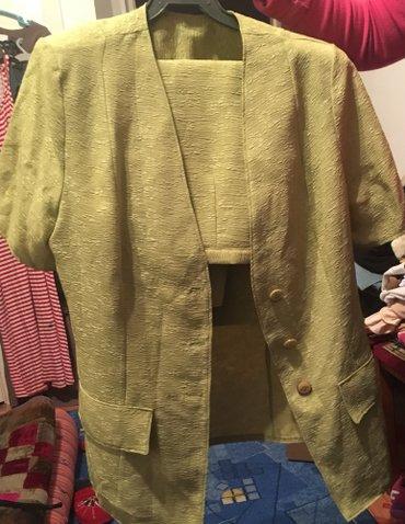 Троечка пиджак,майка и юбка 46-48 размер,практически не носили в Бишкек
