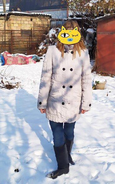стильную зимнюю куртку в Кыргызстан: Продаю зимнюю куртку, размер 42. Производство Россия. В хорошем
