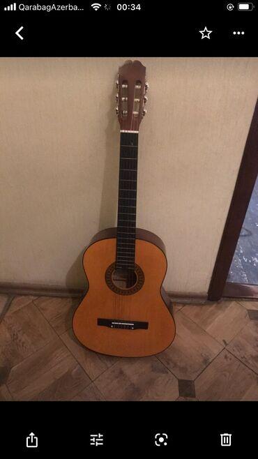 gitara satilir в Азербайджан: Cox gozal gitara satilir Laguna Ispaniya istexsali.Yalniz ciddi