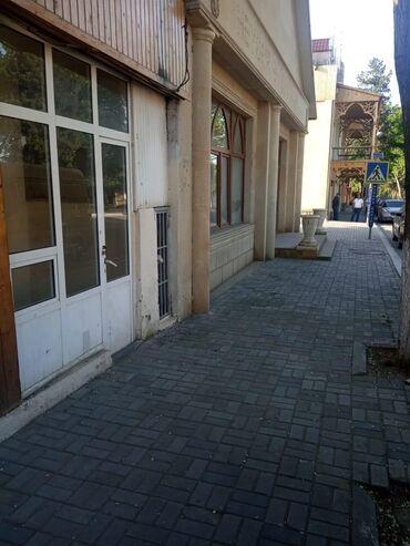 Binaların satışı - Azərbaycan: Xanlar rayonu.Herder Eliyev pros.Qevelin qabaqi.Sadiq parki