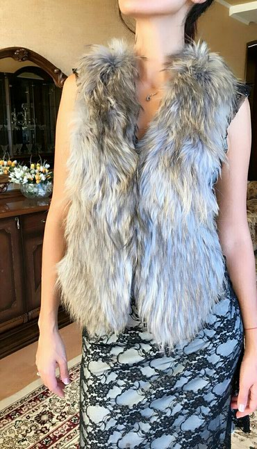весенние куртки для девушек в Кыргызстан: 100% Натуральная меховая жилетка. Идеально подойдет поверх платья
