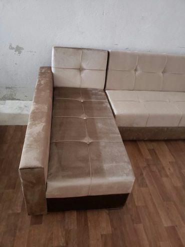 Bakı şəhərində Yüksək kefiyətdə divanlar