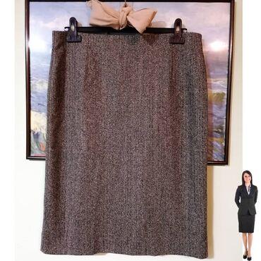 Galleria suknja za jesen/zimu klasičnog kroja do kolena. Može i za po