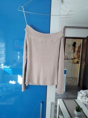 Majica xs - Srbija: Majica, moze i sa spustenim ramenima, XS