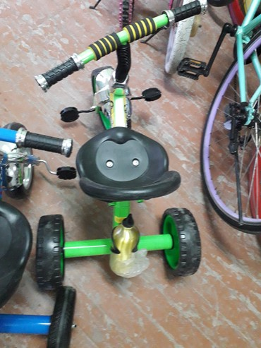 самокат трехколесный в Кыргызстан: Детский трехколесный велосипед.новые детские велосипеды Есть по 1500со