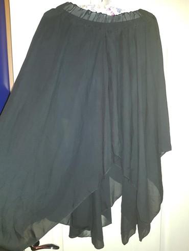 Crna suknja od tila asimetricno secena. M velucina - Belgrade