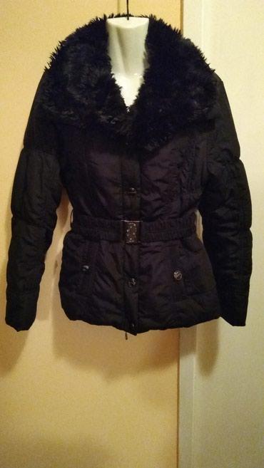 Zimska, topla jakna, prelepa. velicina m,l kupljena, u djaku!!! - Smederevska Palanka
