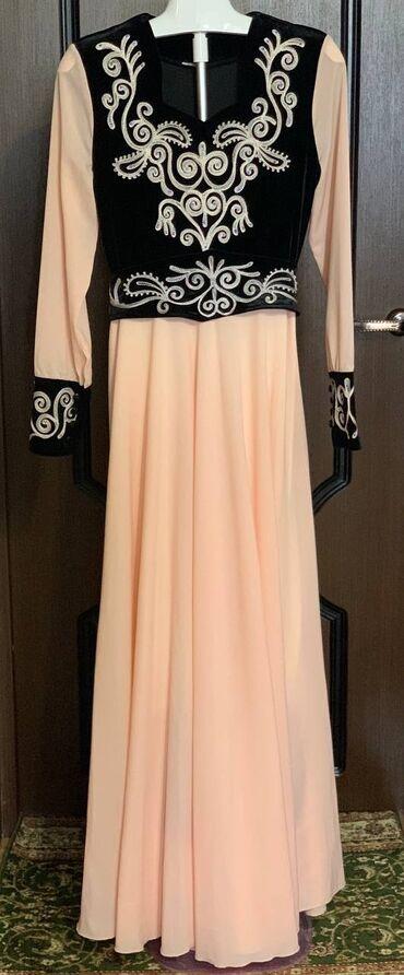 Платье-национальное Размер: М (48) Цена: 800с Состояние: новое