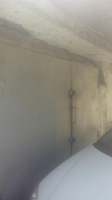 Покупка, продажа гаражей в Сокулук: Сдаю гораж. Не текёт навес есть полки столы в нутри есть свет есть