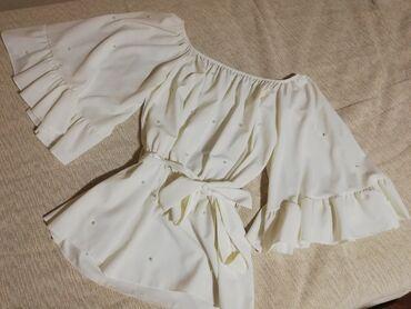 Prelepa bela bluza sa bisercicima, skroz univerzalne velicine