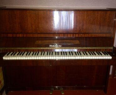 Пианино, фортепиано - Кыргызстан: Продаётся пианино «Тюмень», коричневое, лакированное, в хорошем состоя