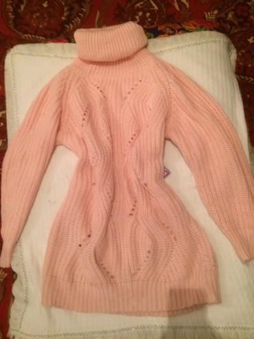 розовый свитерок в Кыргызстан: Срочно.Туника оочень теплый. нежно розовый(обмен предлагайте)
