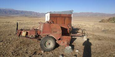 Прессподборщик кыргызстан - Кыргызстан: Продается трактор МТЗ 80 с прессподборщиком Кыргызстан и сеялкой, в