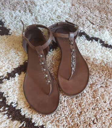 Inuovo kozne sandale, broj je 41 - 26,5 gaziste