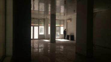 Sabail şəhərində Yasamal r. Inşaatçılar m. yaxın. Sahesi 160 m2. qeyri yaşayi