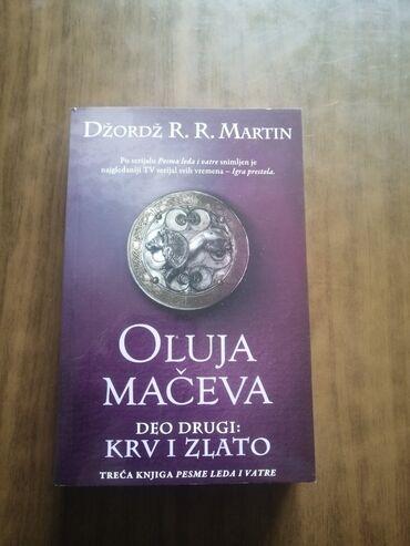 Martinke - Srbija: Oluja maceva-Deo drugi:Krv i zlato-Dzordz R.R. Martin. polovna