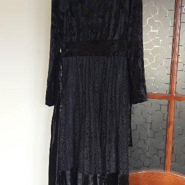 вечернее платье из китая в Кыргызстан: Продаю платье из бархата.фабричный китай размер 46-48.одевала 2 раза