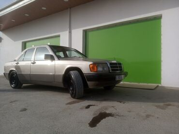 Mercedes-Benz 190 2 l. 1990 | 40000000 km