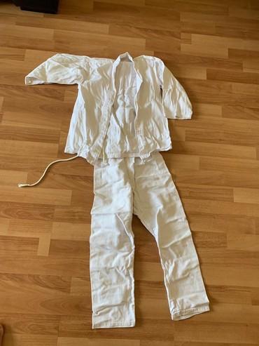 judo - Azərbaycan: Judo ucun paltar ela veziyyetde