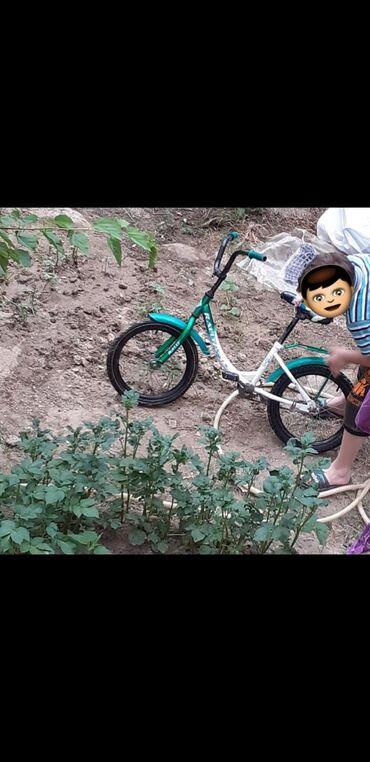 16liq velosiped 40 manat yaxwi veziyyetdedi
