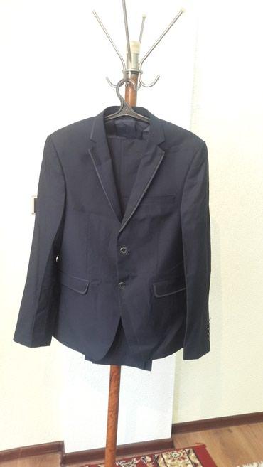 Продаю новый костюм 50 52 размер в Бишкек