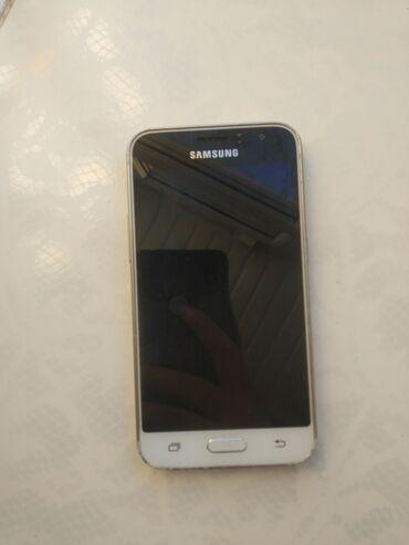 İşlənmiş Samsung Galaxy J1 2016 8 GB ağ
