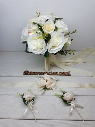 свадебный букет в Кыргызстан: Свадебный букет невесты Цветы искусственныеЦена за набор Пишите на
